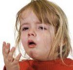 嘔吐の原因となる病気の種類と症状の違いや対処法!季節や年齢で