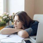 花粉症で体がだるい時や眠い時の原因と対処法!微熱や関節痛の時も